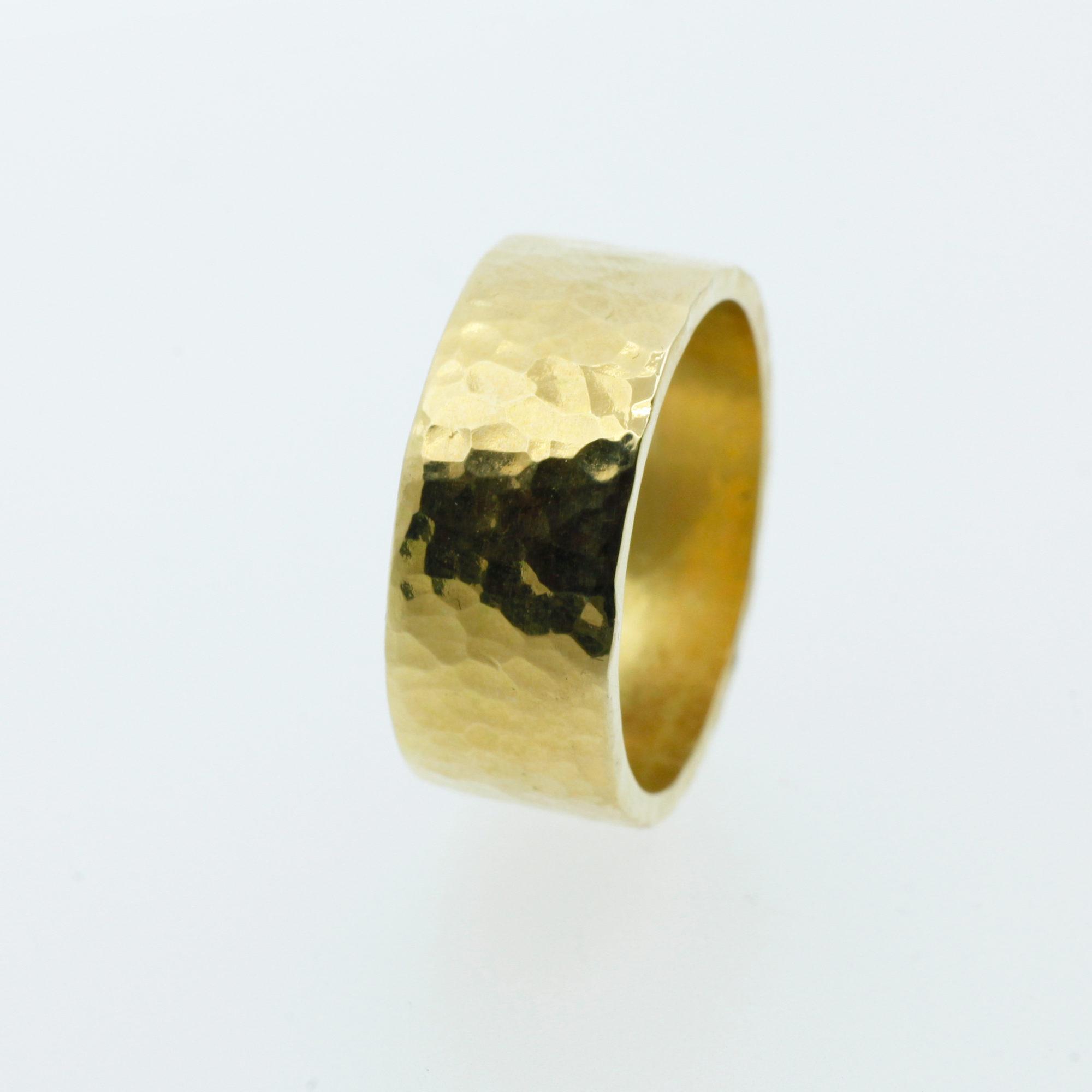 brede ring bolhamer goud